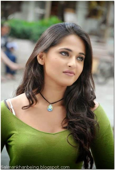 Anushka shetty hot hd wallpapers