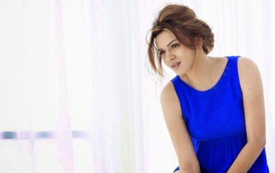 Aashka Goradia Hot HD Wallpapers Free Download